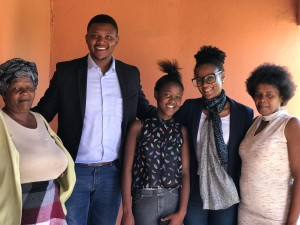 Eastern Cape SSP Scholar, Anayolo Lose teaches Grade 1's in her spare time
